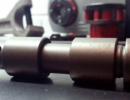Diseño y fabricación a medida eje y casquillos de rodaje
